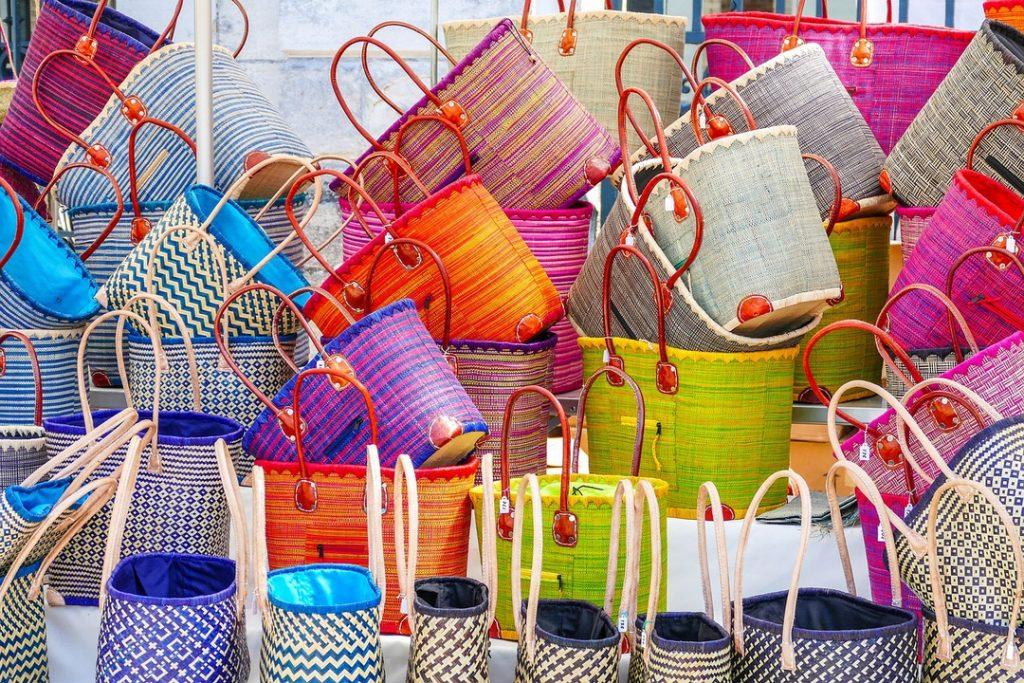 Bolsas y bolsos de bambú